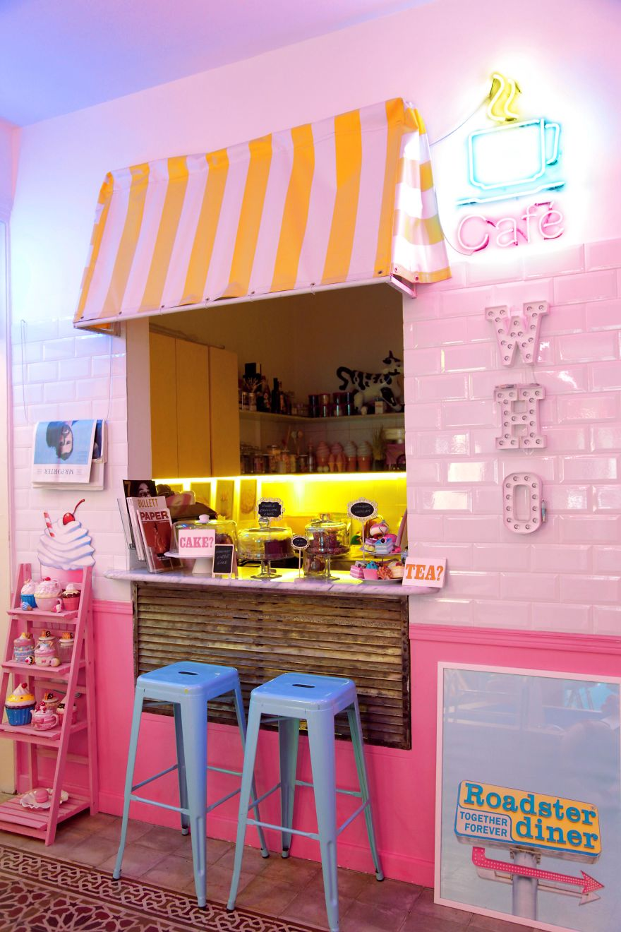 Candyfornia Pink Café In Beirut... For Unicorns Only