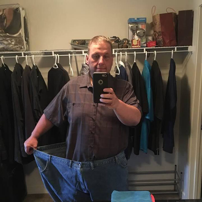 Obese Dad Receives Out He Needs 2 Seats On Evacuation Flight, Transforms His Body Beyond Recognition In 2 Years