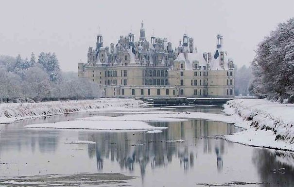 chateau-chambord-hiver-5aded0aba1a54.jpg