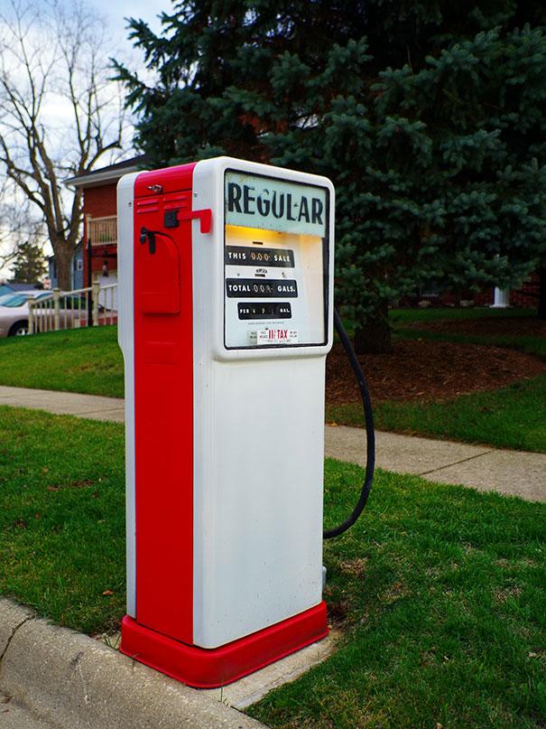Regular Gas Pump Converted Into Mailbox