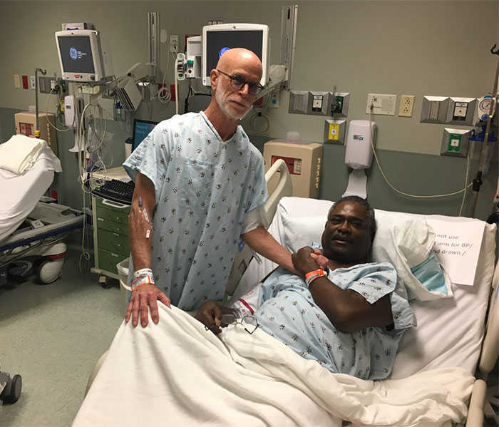 The Man Needed A Kidney, And A Class Mate From 50 Years Ago Who He Barely Knew Answer The Call