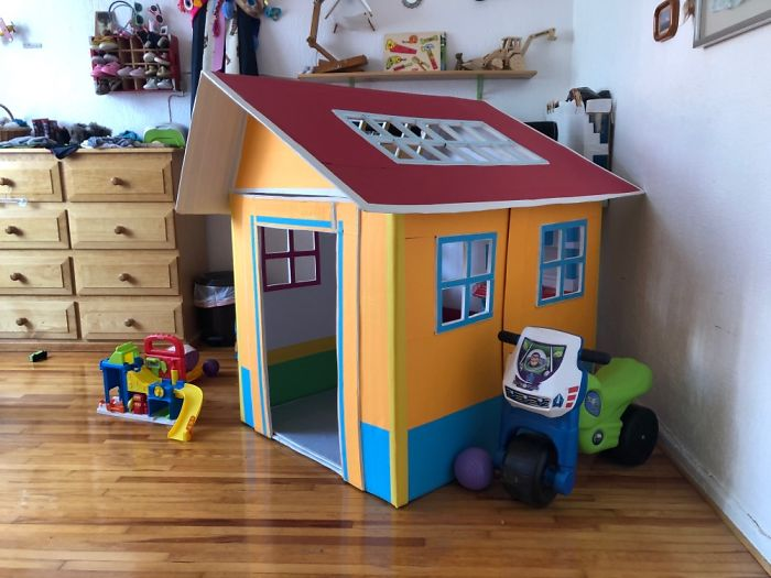 I Made A Little Cardboard House For My Daughter