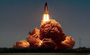 A alguien se le ha ocurrido la idea de usar trozos de pollo frito de KFC como explosiones, y se merece un ascenso