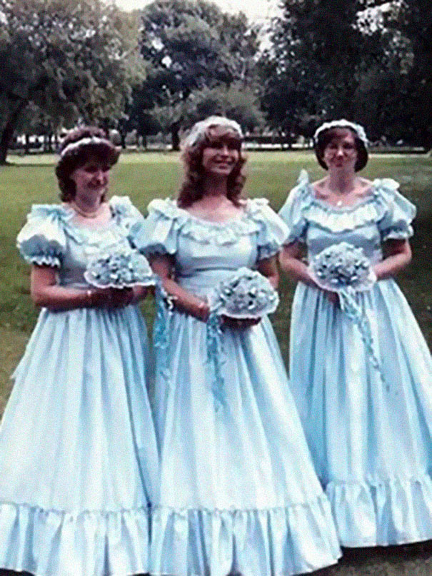 f858f6d7a44 46 Ridiculous Vintage Bridesmaids Dresses That Show Just How Much Time Has  Changed