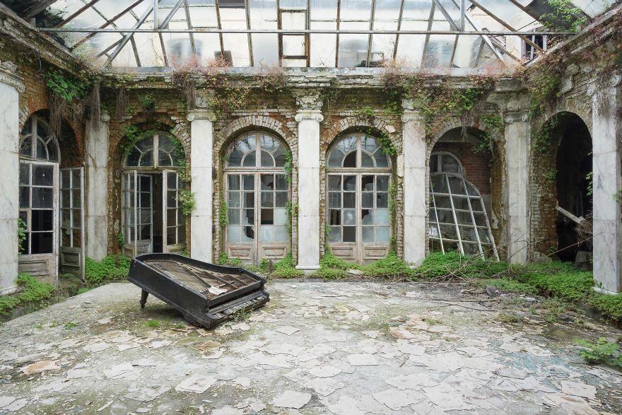 Requiem Pour Pianos 30
