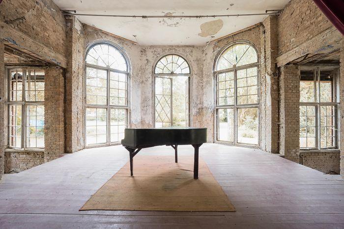 Requiem Pour Pianos 31