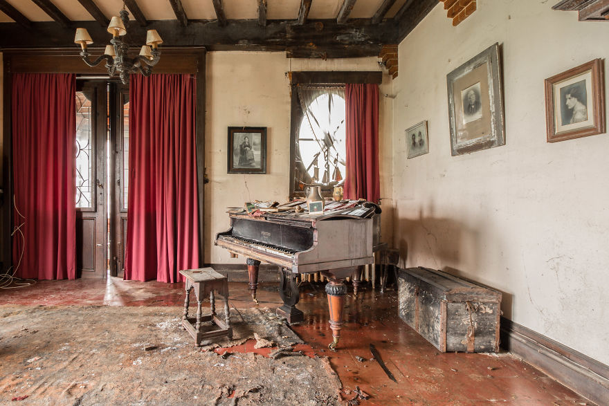 I Travel Through Europe In Search Of Forgotten Pianos In Abandoned