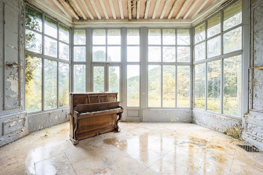Requiem Pour Pianos 8