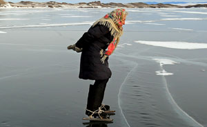 "76 y.o. ""Babushka of Baikal"" Lives Alone In Siberia And Skates Across Baikal Every Day For A Heartwarming Reason"