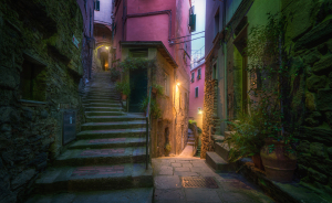 I Photograph The Incredible Back Alleys Of Italy, And They Look Like A Fairy Tale