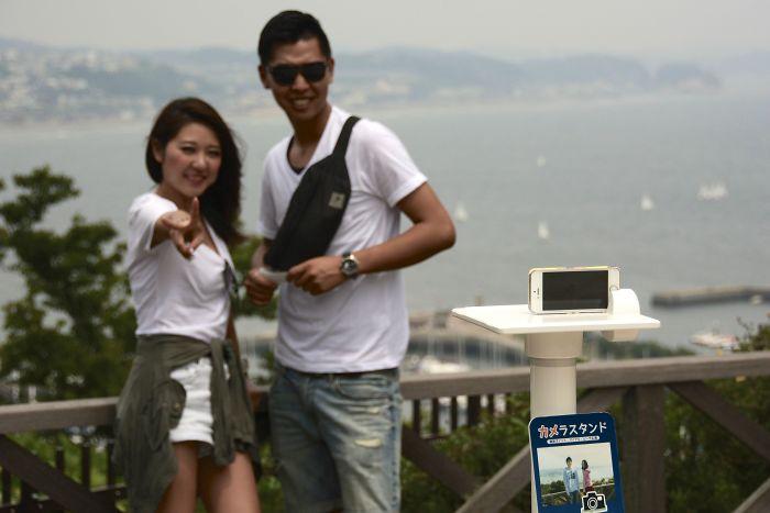 Lugares turísticos con stands para poner el smartphone y hacerte un buen selfie