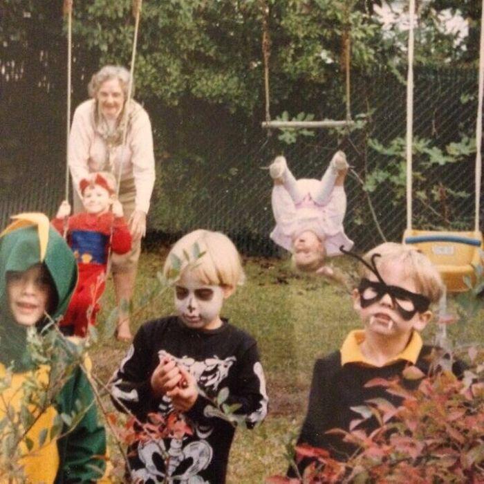Halloween 1989. Mi hermana a punto de tener un mal día