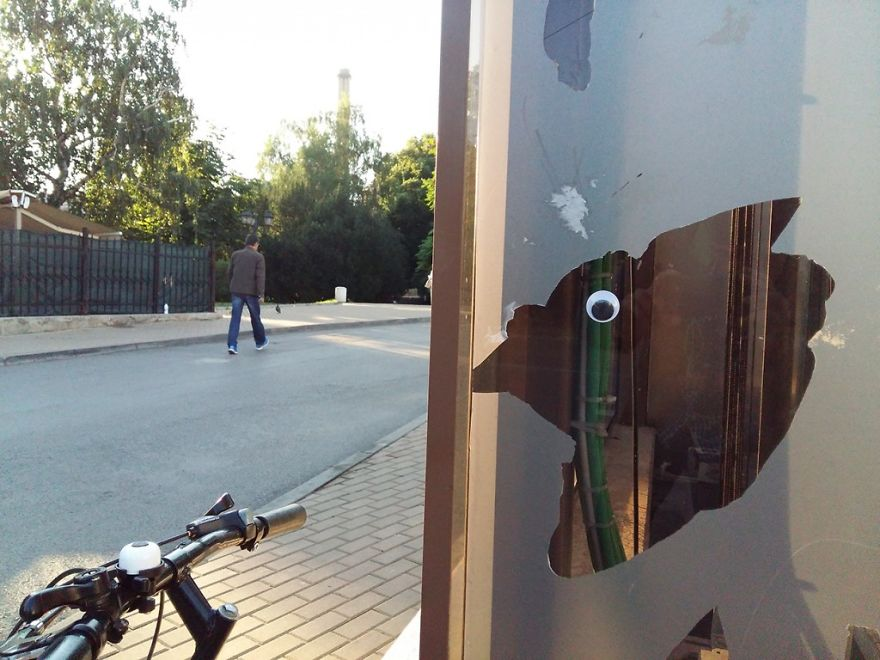 I Bring Bulgarian Streets To Life By Putting Googly Eyes On Random Objects (New Pics) 34