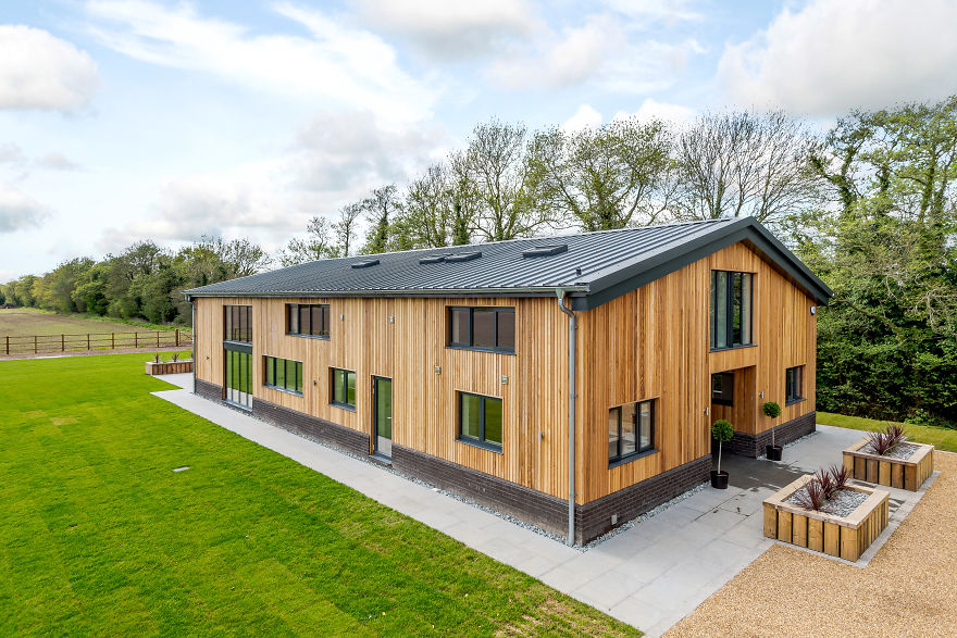 Man turns old farm shed into 1 3 million luxury home and for Luxury barn homes