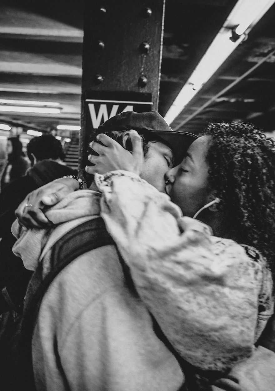 Photographer Captures The Faces Of The New York Subway In Fantastic Black And White Images