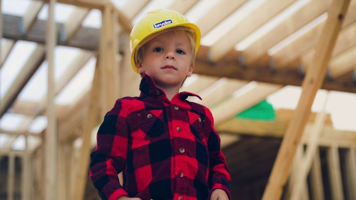 I Spent 16 Weeks Photographing My Friend's House Being Built. His Son Wanted So Bad To Be Involved.