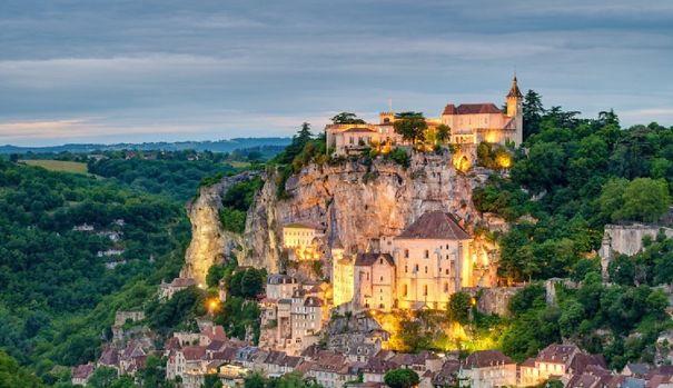 Rocamadour_France_Dusk_Night_20140528_3414-2-5aeec79a394f5.jpg