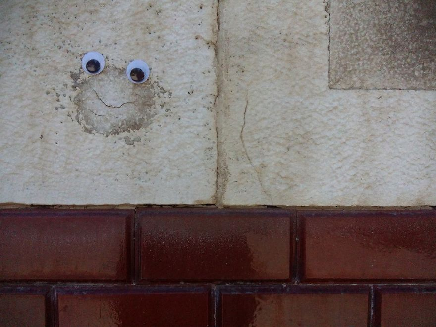 I Bring Bulgarian Streets To Life By Putting Googly Eyes On Random Objects (New Pics) 12
