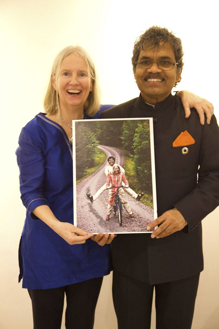 40 Years Ago This Man Sold Everything To Buy A Bike And Travel 6,000 Miles From India To Sweden To See His Love