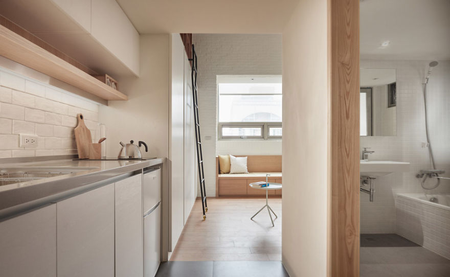 Architects Maximize Space In Tiny 22 Square Meter (236 sq. ft) Apartment, And The Result Will Surprise You