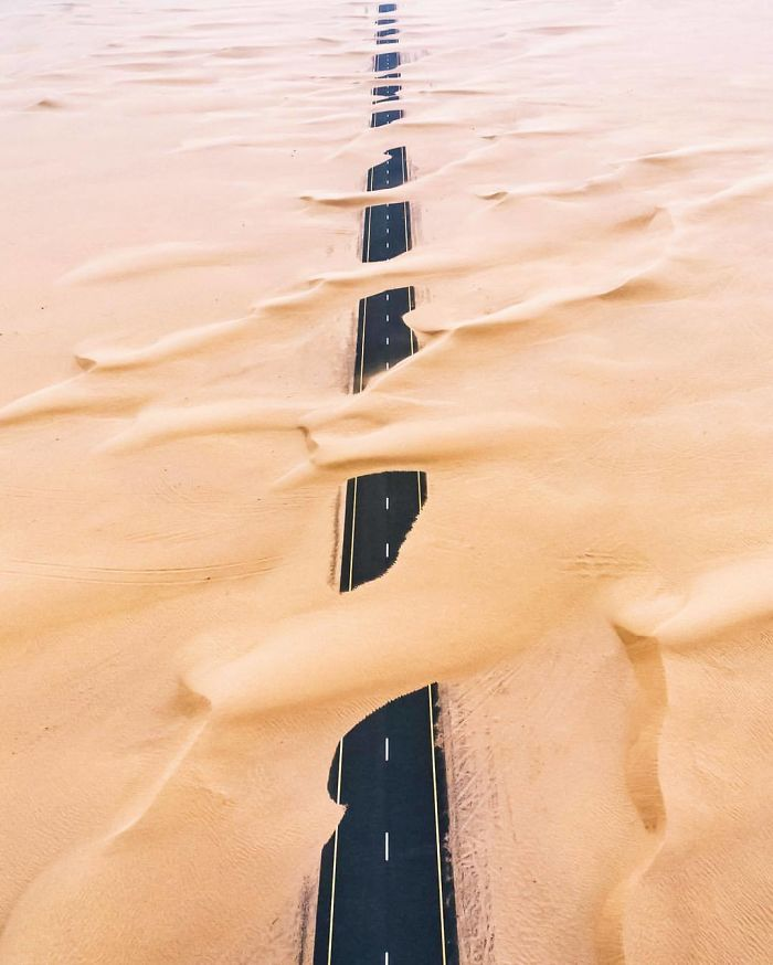 Wandering Sands (Dubai, United Arab Emirates)