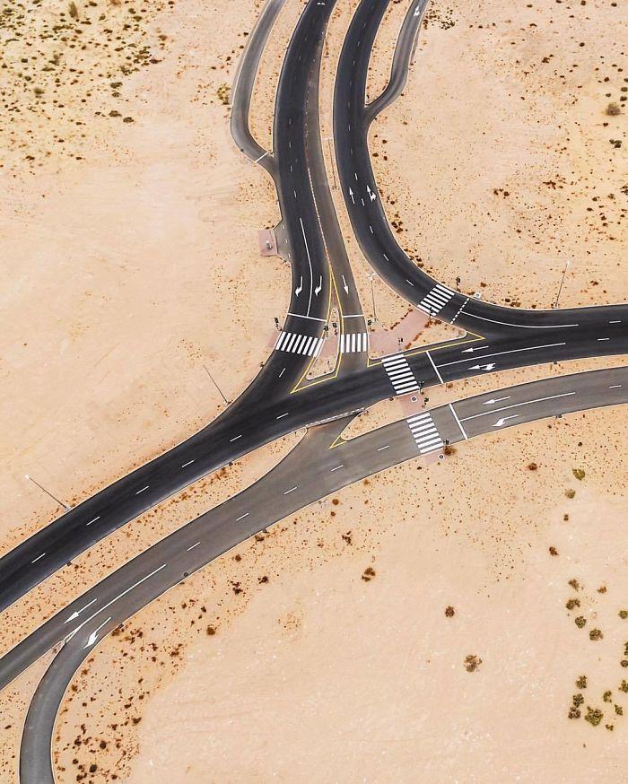 Unnecessary Complicated (Dubai, United Arab Emirates)