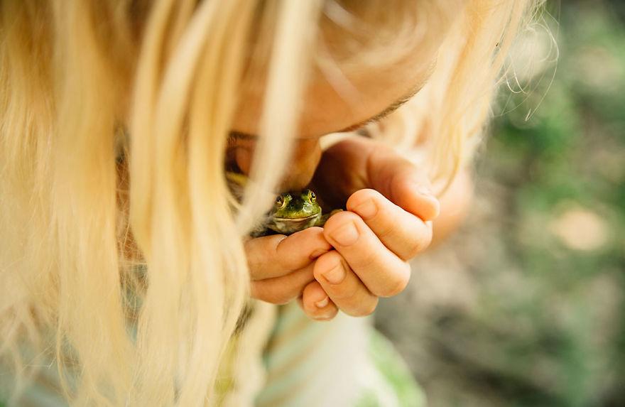 Frog Hug