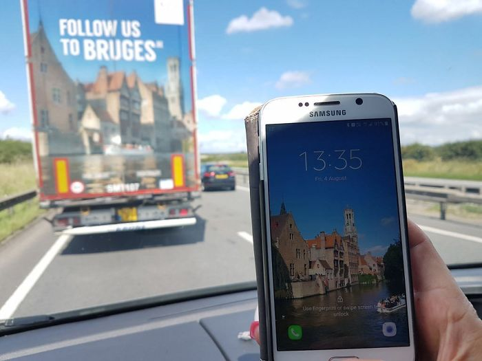 The Print On The Back Of The Lorry In Front Of Was Taken In The Same Spot My Wife Took Her Phone Background Photo