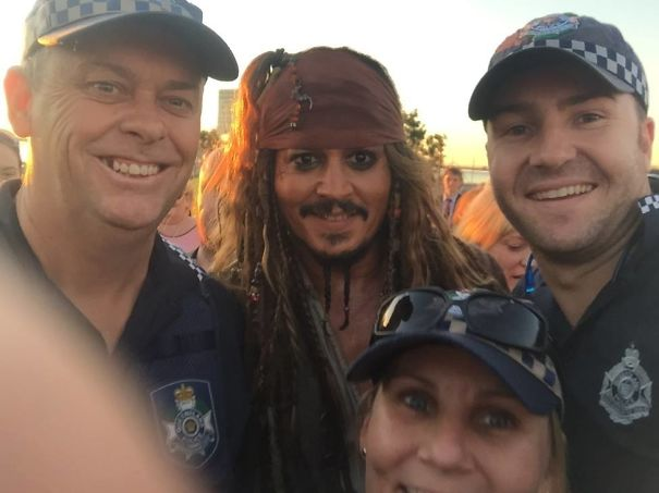So Johnny Depp Is Walking Around South East Queensland Dressed As Jack Sparrow. Local Police Posted This Selfie