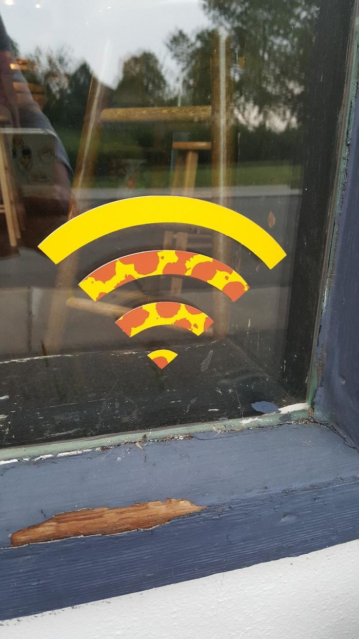 This WiFi Signal Looks Like A Piece A Pizza At My Hometown's Pizzeria