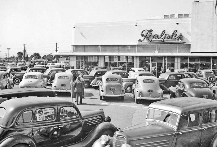 Ralph's Supermarket, Los Angeles, 1942