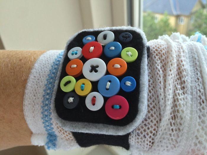 Tras mi operación del corazón, le dije de broma a mi hermana que me vendría bien un Apple Watch para monitorizarme. Me ha hecho uno
