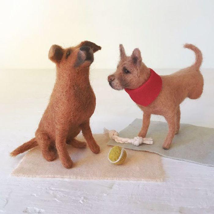 Woolen Dogs