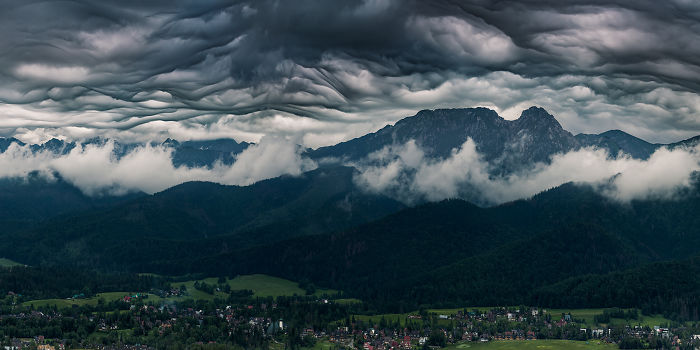 Clouds Like A Mountains, Or How I Photographed Asperitas In The Tatras