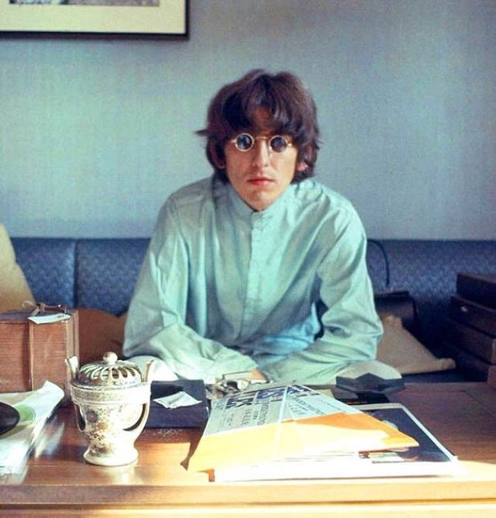 George Harrison In The Presidential Suite Of The Tokyo Hilton, June 1966, By Robert Whitaker