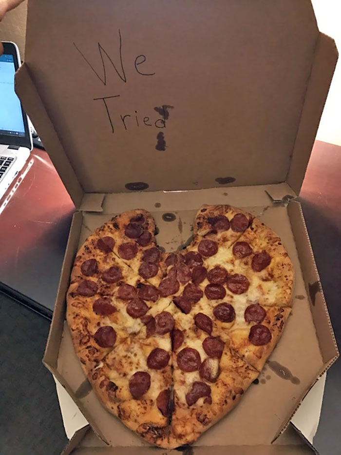 Girlfriend Called Dominos To Send Me A Surprise Heart-Shape Valentine's Day Pizza While I'm On A Business Trip
