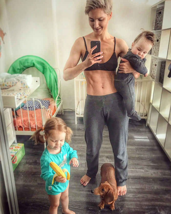 [Trending] Russian Mother Of Two Creates Hilariously ... - photo #24