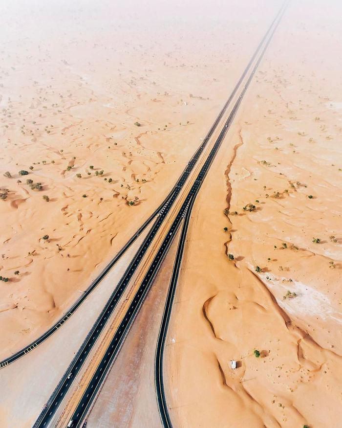 Desert Highway (Dubai, United Arab Emirates)