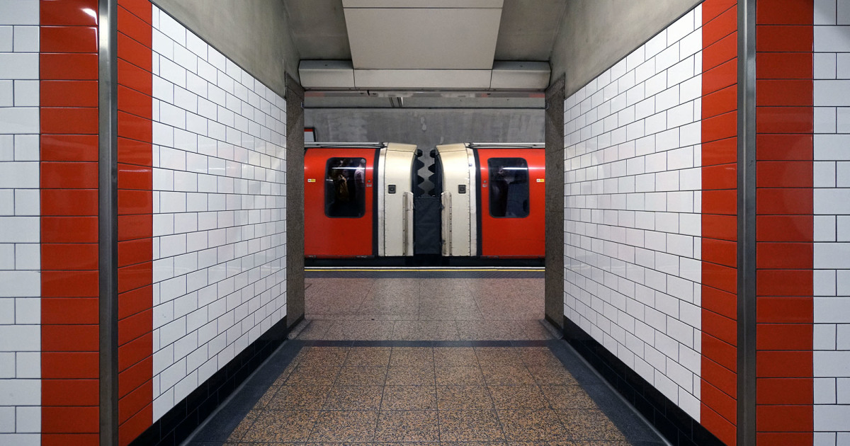 Photographer Captures Awesome Shots Of Symmetry On The London Underground