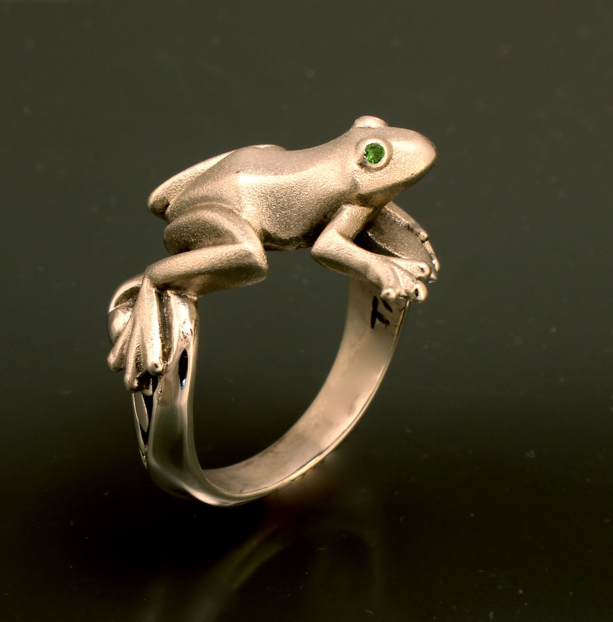 Frog Ring Silver