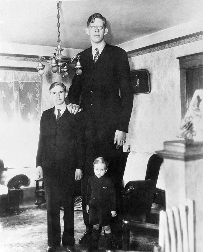 Someone Found Rare Footage Of The Tallest Man That Ever Lived, And It's Surreal