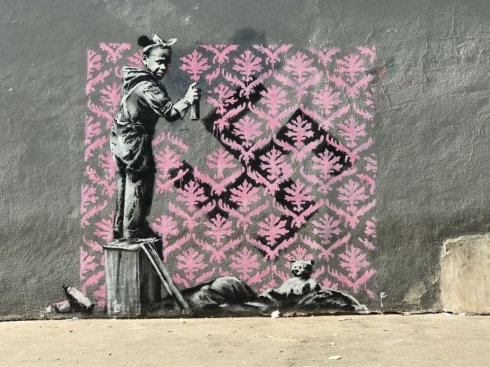 How Banksy Makes Money