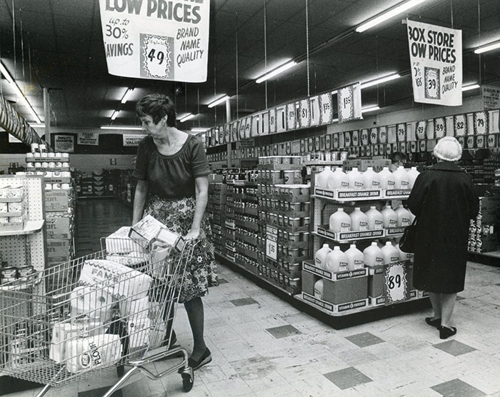 U-Pak Kmart No Frills Supermarket Pontiac, Michigan, 1979