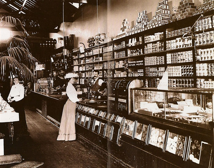 The Grocery Store Of The Late 19th Century, USA