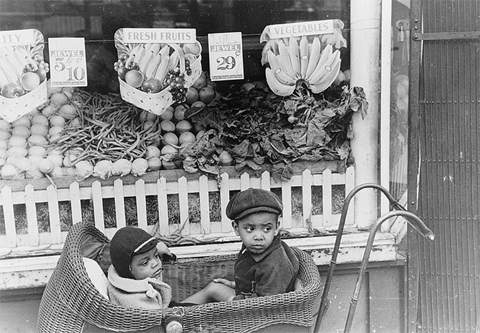 Children In Front Of Grocery Store, Chicago, Illinois, 1941