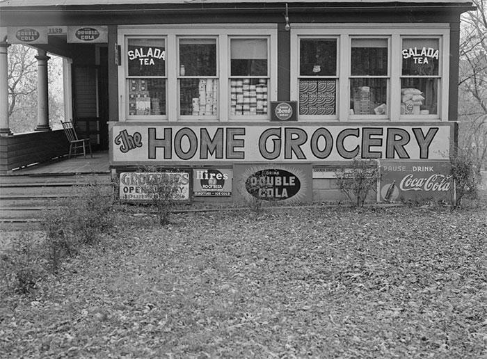 Home Turned Into Grocery Store, Omaha, Nebraska, 1938