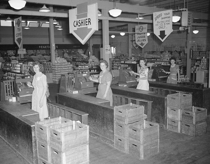 Tulip Town Market, Grove Center By James Edward Westcott, Oak Ridge, Tennessee, July 4, 1945