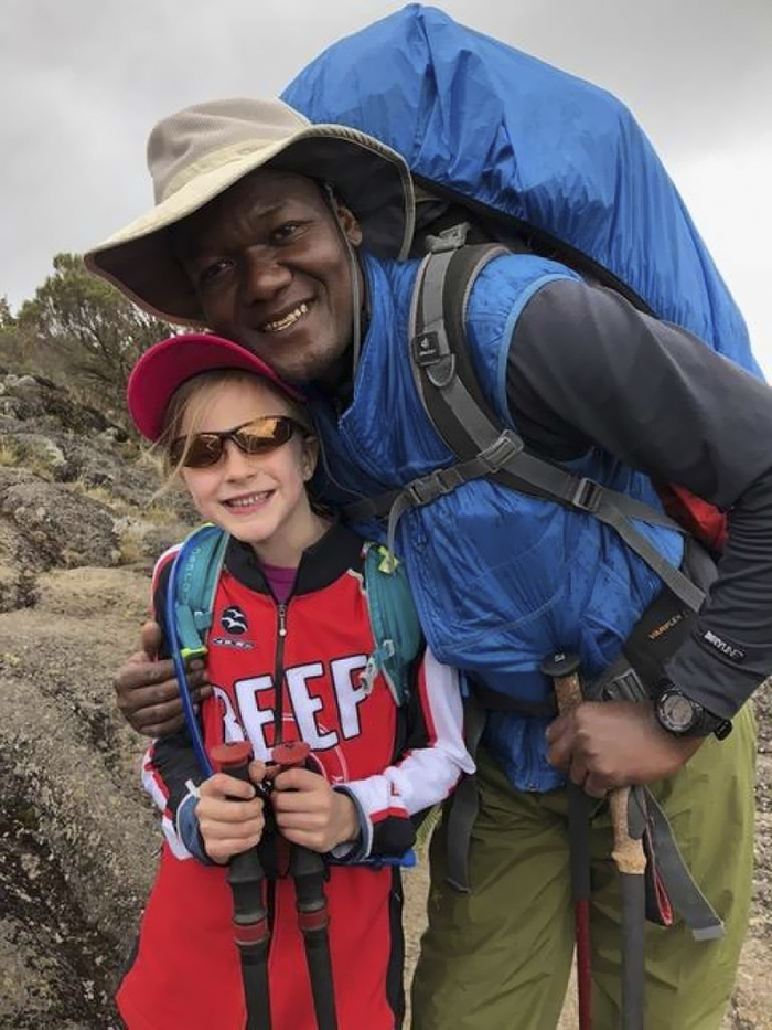 youngest-female-record-montannah-kenney-mountain-kilimanjaro (14)