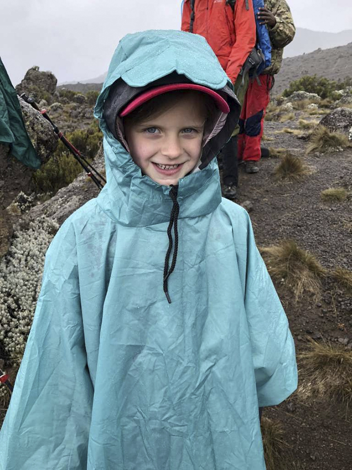 youngest-female-record-montannah-kenney-mountain-kilimanjaro (9)