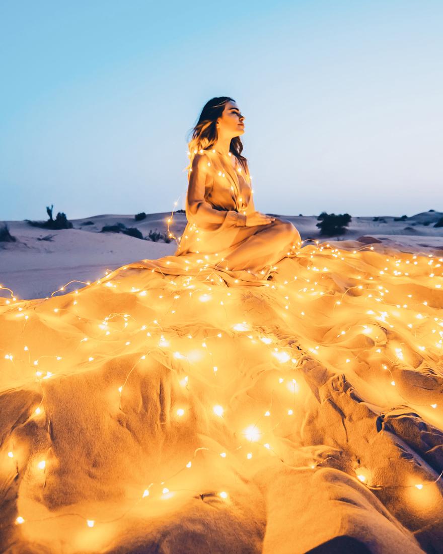 Rub' Al Khali Desert. Model: Gizem